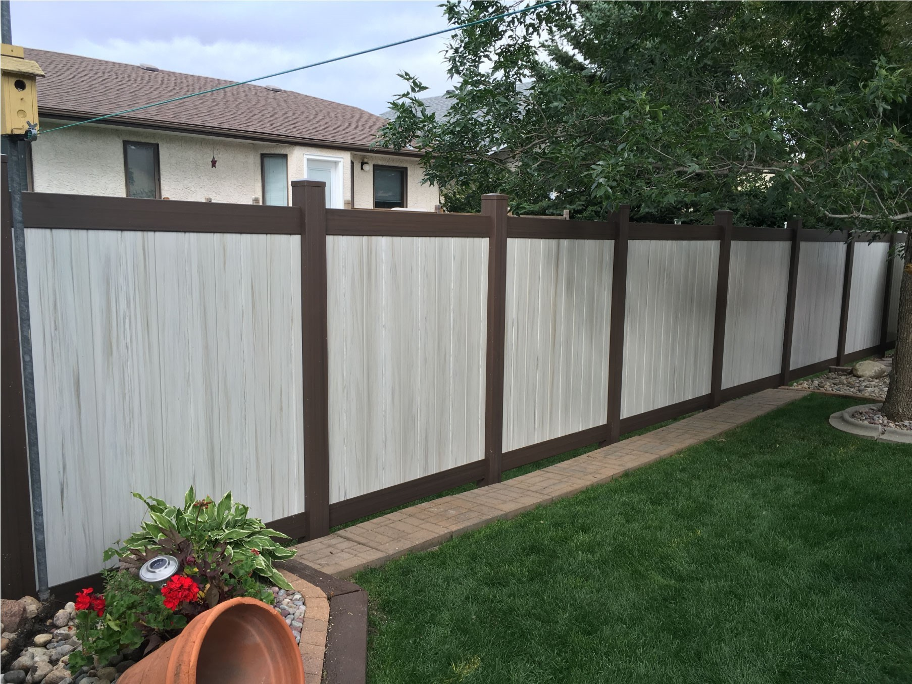 Privacy weathered vinyl fencing wood grain cedar products 6 tall two tone weathered aspen w dark walnut frame vinyl privacy fence baanklon Gallery